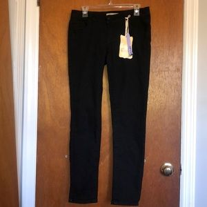 NWT! Paris Blues Skinny Black Jeans! Size 11! 😍